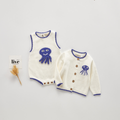 Ins European stylish infant baby cartoon octopus design sleeveless romper with coat wholesale