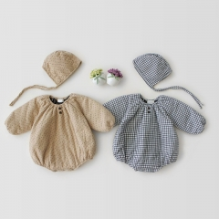 simple and elegant unique minute grid design upset with a cloth with a soft cotton coat for baby in winter wholesale